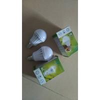 应急球泡灯5 7 9瓦便宜处理5000个,有需要的联系18928147528