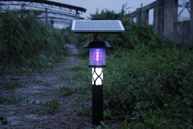 户外太阳能灭蚊灯,效果杠杠的